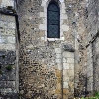 Vestiges de la nef romane au nordf (2016)
