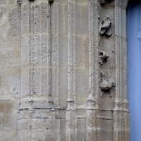 Détails du piédroit de gauche du portail ouest (2016)