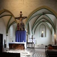 Le choeur de l'église vu vers l'est (2016)