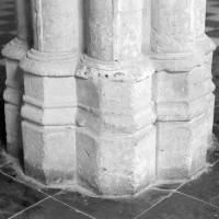 Base de la pile centrale du chartrier (1992)