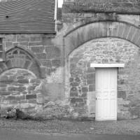 Portes d'accès à l'ancienne ferme monastique (1992)