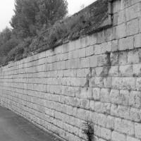 Le mur d'enceinte de l'abbaye (1992)