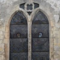 Fenêtre est de la chapelle nord (2019)