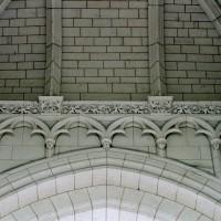 Détails de la voûte de la travée du clocher (2008)