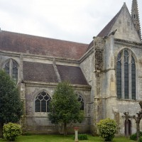 L'église vue depuis le nord-est (2016)