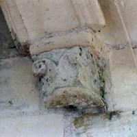 Chapiteau du 12ème siècle (2005)