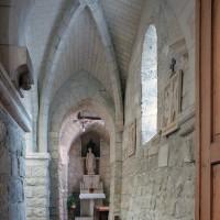 Le bas-côté sud de la nef vu vers l'est (2007)