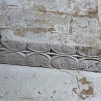 Tailloir à décor géométrique d'une pile de la nef (2006)
