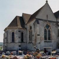 Les parties orientales de l'église vues du nord-est (2006)