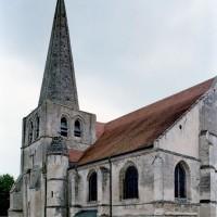 Vue partielle de l'église depuis le nord-ouest (2007)