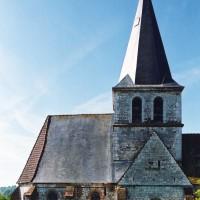 Les parties orientales de l'église vues depuis le nord (2004)