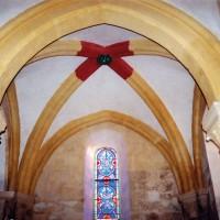 La voûte du choeur du 12ème siècle après restauration !!! (2002)