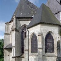 Le choeur paroissial et le choeur Saint-Nicolas vus du nord-est (2003)