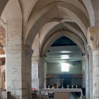 La première travée du choeur et la base du clocher vus vers l'ouest (2002)