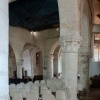 Vue partielle de l'intérieur depuis le bas-côté sud vers le nord-est (2002)