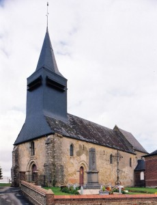 L'église vue du sud-ouest (2005)