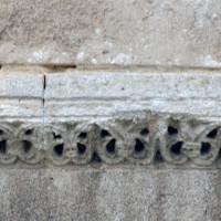 Détail  d'une moulure sculptée de l'abside (2007)