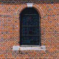 Fenêtre et appareil de la nef (2003)