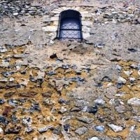 Vue partielle du mur sud de la nef (2005)