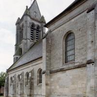 Vue partielle de l'église depuis le sud-est (2006)