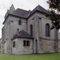 Les parties orientales de l'église vues depuis le sud-est (2006)