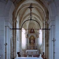 La travée du clocher et le choeur vus vers l'est (2006)