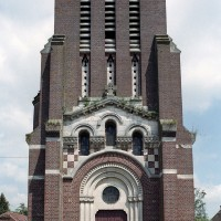 La façade ouest de l'église (2006)