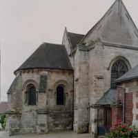 Les parties orientales de l'église vues depuis le nord (2006)