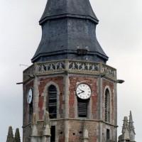 Parties hautes du clocher vues depuis l'est (2003)
