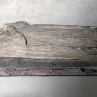 Le gisant d'Agnès de Blois (?) dans la dernière travée du choeur (2003)