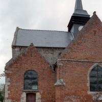 Vue partielle de l'église depuis le sud (2006)