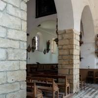 Arcades du mur sud de la nef  vues vers le nord-est (2006)