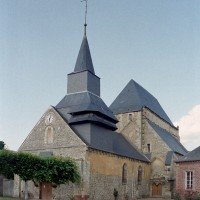 L'église vue du sud-ouest (2002)