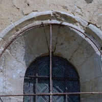 Fenêtre au mur sud de la nef (2002)