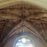 La voûte de la seconde travée de la chapelle seigneuriale (2002)