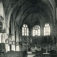 L'intérieur de l'église en 1916