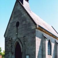 La chapelle Saint-Maur vue du sud-ouest (2007)