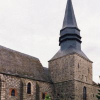 Le clocher et la nef vus du sud-ouest (2005)