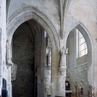 Entrée de la chapelle sud vue vers le sud-est (2007)