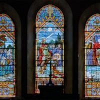 Vitrail représentant le martyr de saint Quentin au triplet du chevet du choeur (2006)