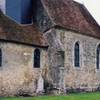 Vue partielle de l'église depuis le sud-ouest (2005)