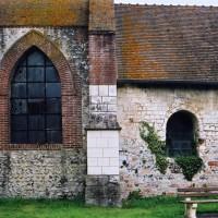 La base du clocher et le choeur vus du sud (2005)