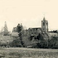 Vue générale de Lassigny avec l'église en 1907