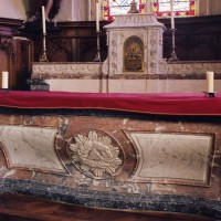 Le maître-autel (2005)