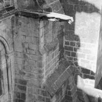 L'extérieur de la cage d'escalier de la tour nord vu vers l'ouest au niveau des tribunes (1970)