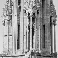 Le premier étage de la flèche vu du nord-est depuis le sommet du pignon nord du transept (1970)