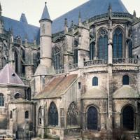La cathédrale vue du sud-est (1986)