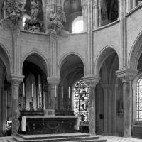 Le rond-point de l'abside vu vers le sud-est (1986)