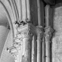 Chapiteaux de la pile sud-ouest de la croisée du transept (1993)