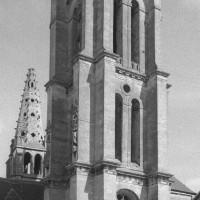 La tour sud vue du sud-ouest (1995)